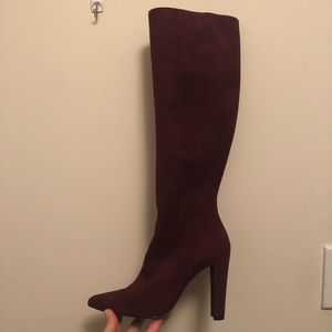 New in Box Stuart Weitzman knee-high boots